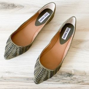 STEVE MADDEN IMAURA FLATS IN OLIVE GREEN SUEDE